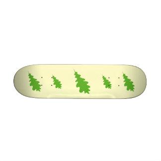 Green Leaf, Oak Tree leaf Design. Skateboard Deck