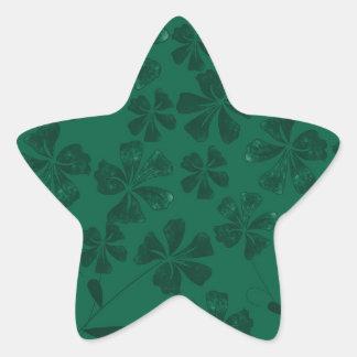 green lflowers star sticker