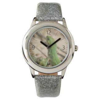 Green lizard watch
