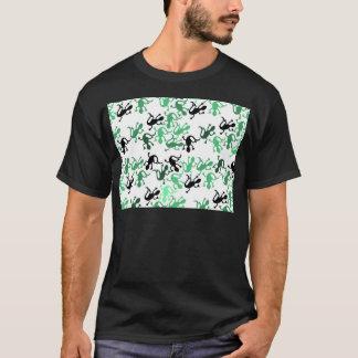 Green lizards pattern T-Shirt