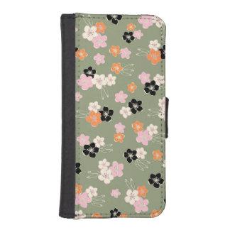 Green orange black hawaiian flowers exotic pattern iPhone SE/5/5s wallet case