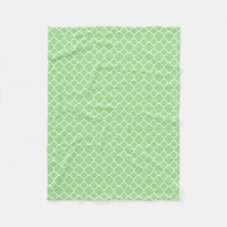 Green Quatrefoil Geometric Pattern Fleece Blanket