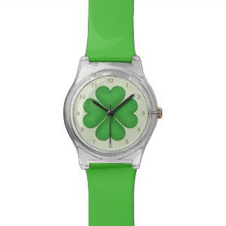 Green Shamrock Lucky Four leaf Clover Hearts Wrist Watch