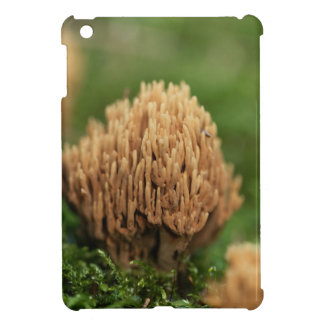 Green staining coral fungi (Ramaria abietina) iPad Mini Cover