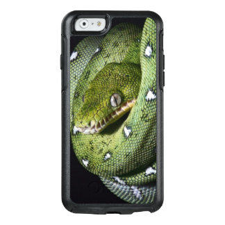 Green tree snake emerald boa in Bolivia OtterBox iPhone 6/6s Case