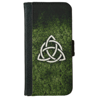 Green Triquetra iPhone 6 Wallet Case