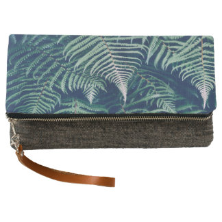 Green Tropical Fern Leaves Natural Pattern Clutch