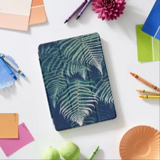 Green Tropical Fern Leaves Natural Pattern iPad Air Cover