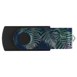 Green Tropical Fern Leaves Natural Pattern USB Flash Drive
