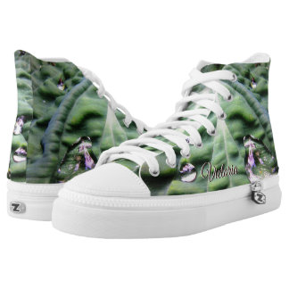 Green Tropical Leaf With Water Droplets High Tops