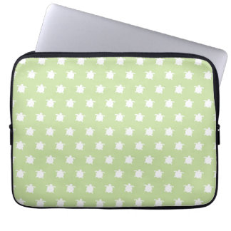 Green Turtle Pattern Laptop Sleeve