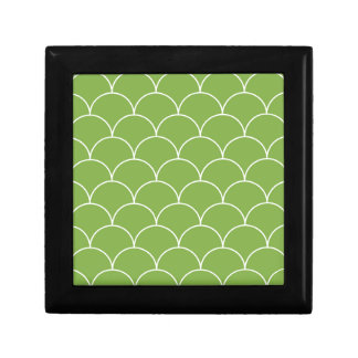 Greenery scales pattern gift box
