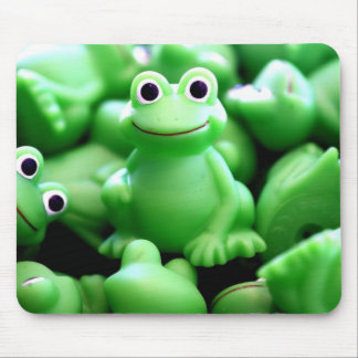 Greens Frogs Mouse Pad