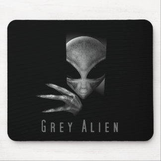GREY ALIEN MOUSE PAD
