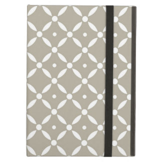 Grey and white Quatrefoil Pattern iPad Air Cover