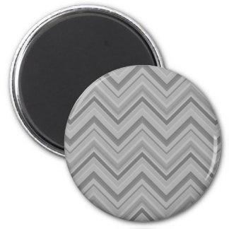 Grey stripes zigzag pattern 2 inch round magnet