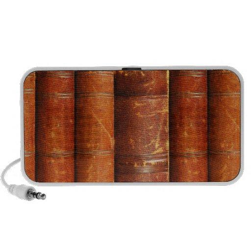 Griffonnage de conception de vieux livres haut-parleurs de voyage