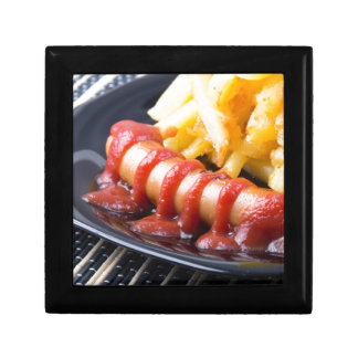 Grilled sausages and fried potato gift box