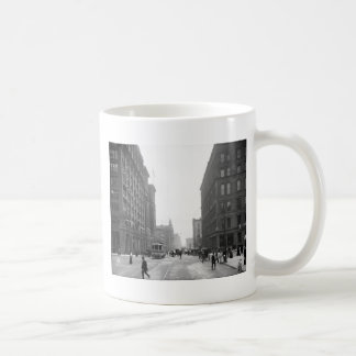 Griswold Street, Detroit: 1906 Classic White Coffee Mug