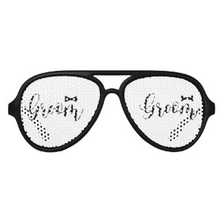 Groom-Wedding,-Bachelor-party-tie Aviator Sunglasses
