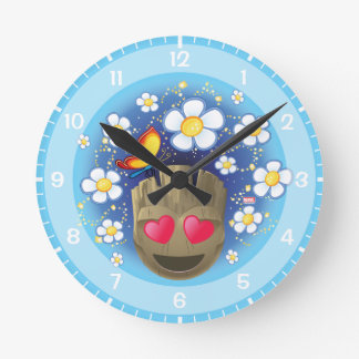 Groot In Love Emoji Clock