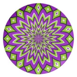 Groovy Moving Pattern Plate