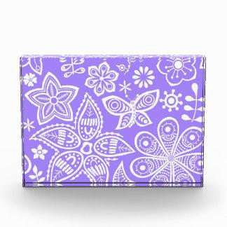 Groovy Purple Flowers Design