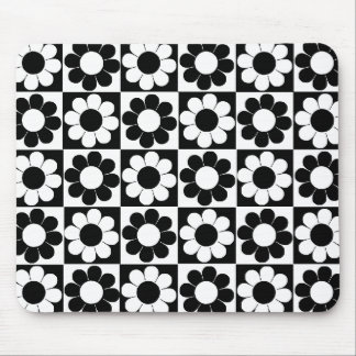 Groovy Retro Flower Power Mouse Pad