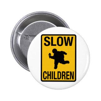 Grosse parodie de plaque de rue d'enfant d'enfants badge avec épingle