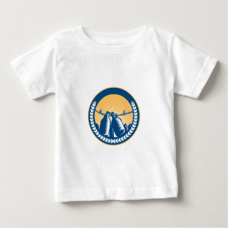 Growler Hanging Clothesline Fence Circle Woodcut Baby T-Shirt
