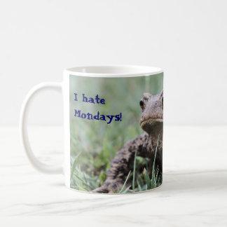 Grumpy toad mug
