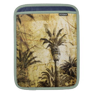 Grunge California Palm Trees Sleeve For iPads
