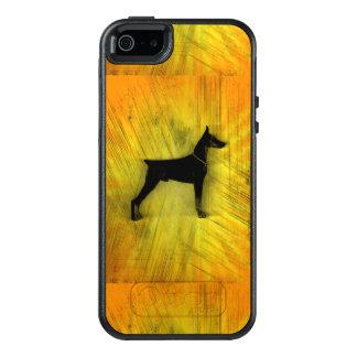 Grunge Doberman Pinscher Silhouette OtterBox iPhone 5/5s/SE Case