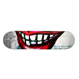 Grunge Lips Skateboard