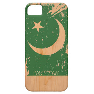 Grunge Pakistan Flag on Wood iPhone 5 Cover