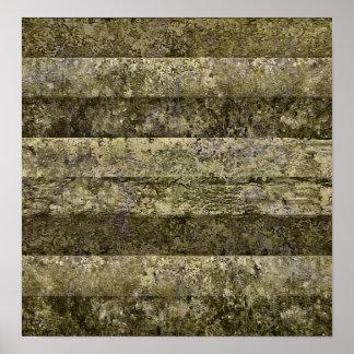 Grunge Stripes Print