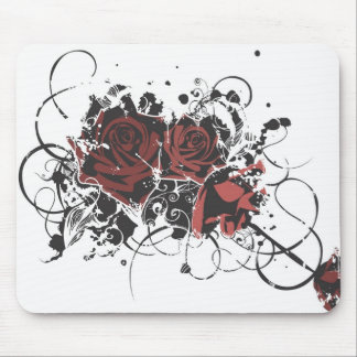 Grungy roses Mousepad