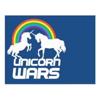 Guerres de licorne avec l'arc-en-ciel cartes postales