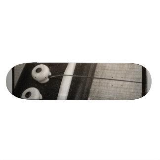 Guitar board skate deck