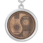 Guitares acoustiques Yin Yang avec l'effet en bois Pendentifs Personnalisés