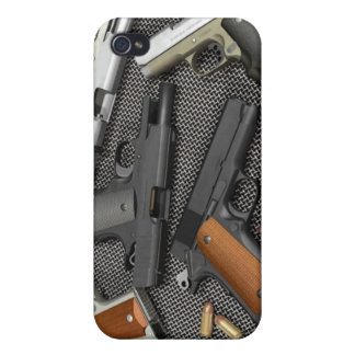 GUNS! iPhone 4/4S CASES