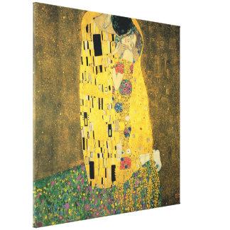 GUSTAV KLIMT - The kiss 1907 Canvas Print