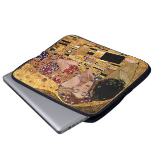 Gustav Klimt: The Kiss (Detail) Laptop Sleeve