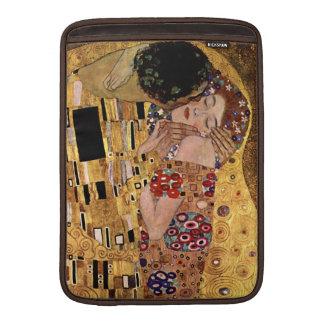 Gustav Klimt: The Kiss (Detail) Sleeve For MacBook Air