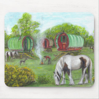 Gypsy wagons and horses mouse pad
