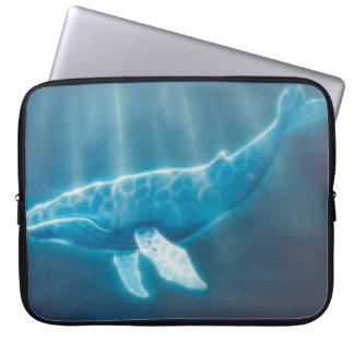 H036 Whale Below Laptop Sleeve