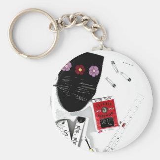 Haberdashery heaven basic round button keychain