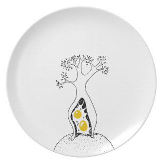 Habitual Creatures Tree Plate
