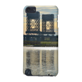Hackensack River Bridge Fades Speck iPod Touch Cas iPod Touch (5th Generation) Cover