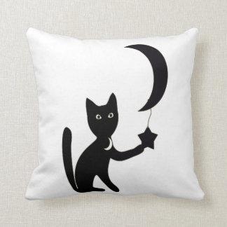halloween cat custom background colour throw pillow